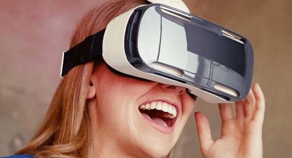 """уъркшопа за ученици """"Реално учене с VR/AR"""""""