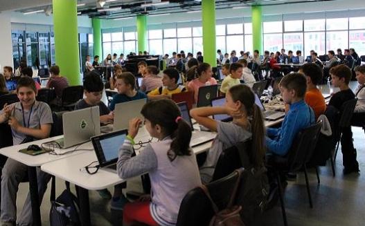 Училищна Телерик Академия с 65 безплатни школи по програмиране