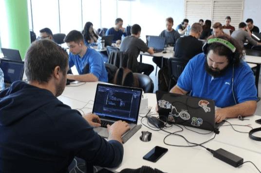 Безплатни работилници по програмиране в Телерик Академия през март