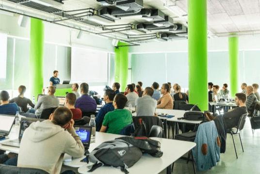 Telerik Academy Alpha с Java отвори есенния си прием от днес