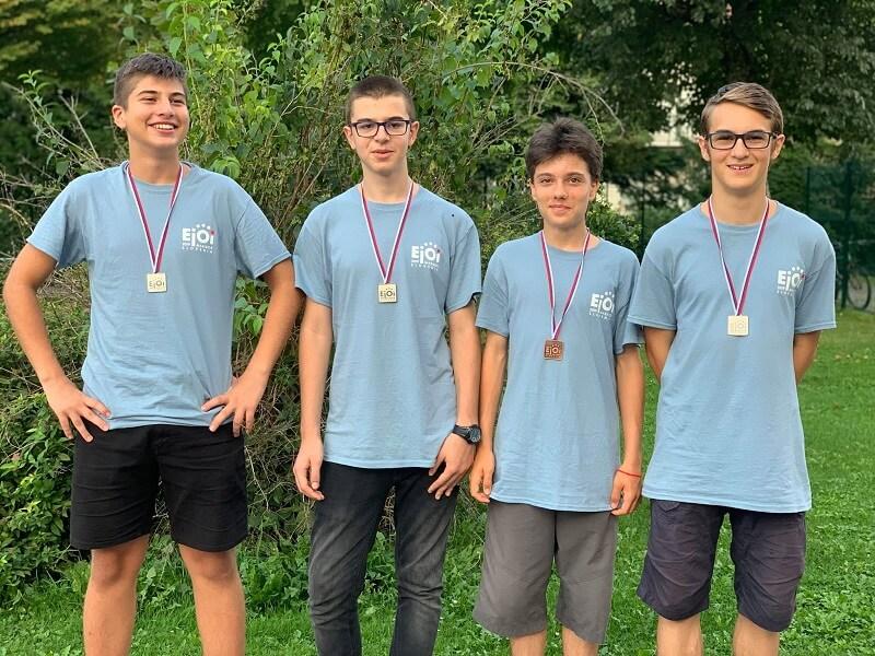 Четири медала за българския отбор на eJOI 2019